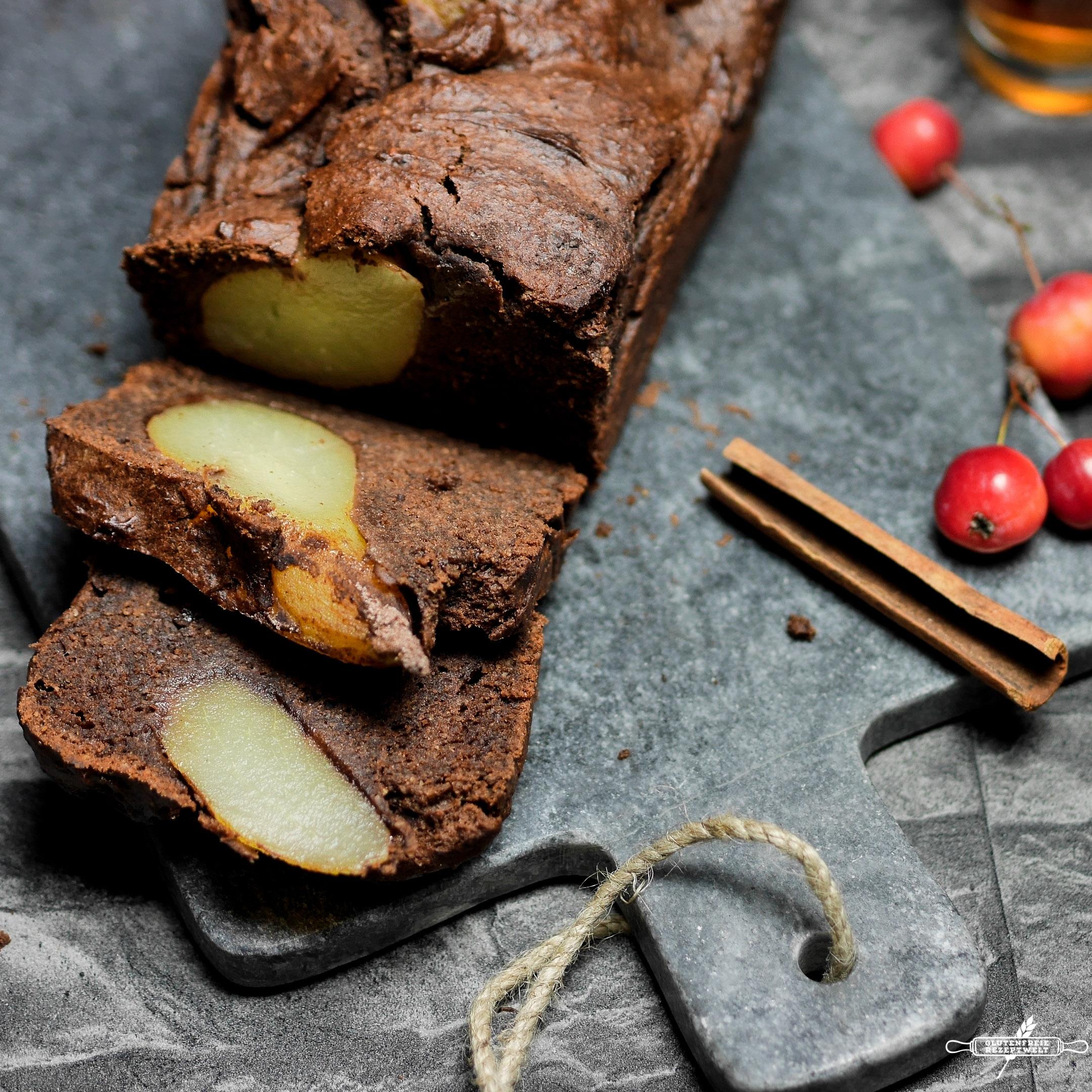 Glutenfreier Schokoladenkuchen mit Birnen