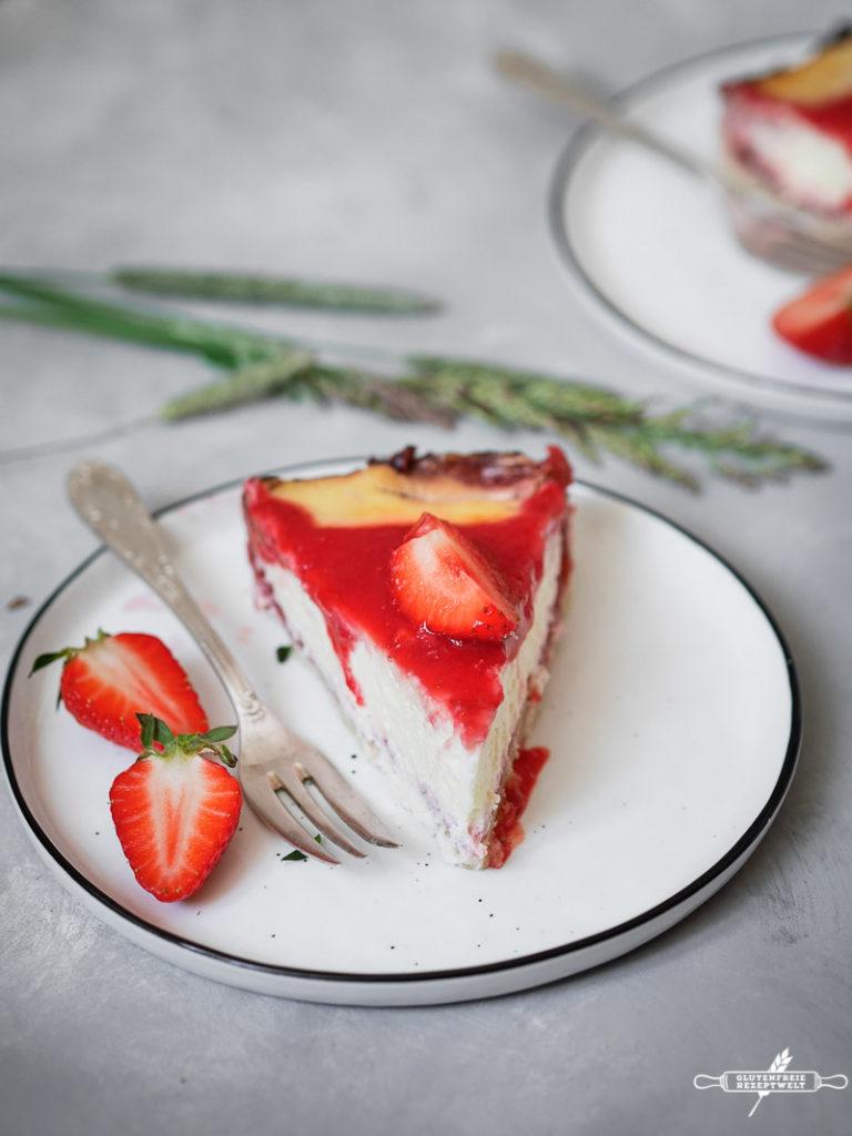 Glutenfreier Ziegen-Käsekuchen mit Erdbeeren