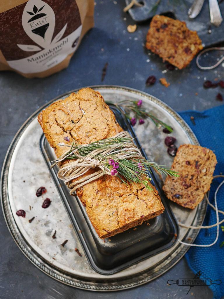 Gewürzter Honigkuchen mit getrpckneten Früchten, glutenfrei-Maniokmehl